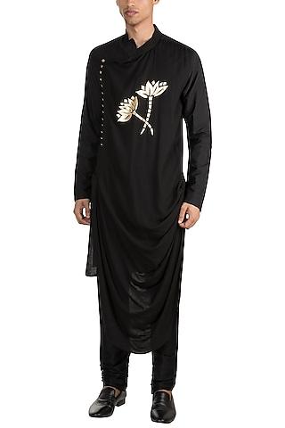 Black Embroidered Drape Kurta by Diya Rajvvir Men