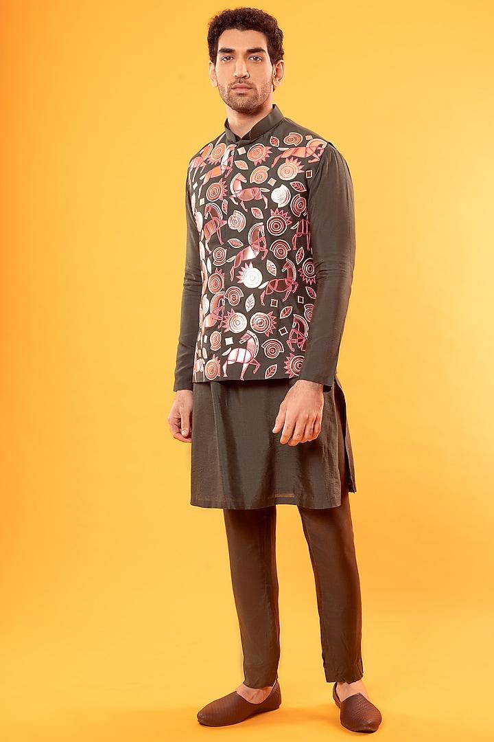 Olive Green Kurta With Embroidered Jacket by Diya Rajvvir Men
