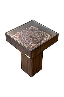 Brown Ebony Wood Carved End Table With Veneer Finish Base by Vaishnavi Pratima