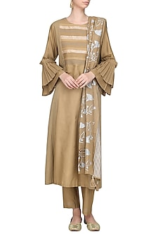 Brown Patra Embellished Kurta Set by Devnaagri