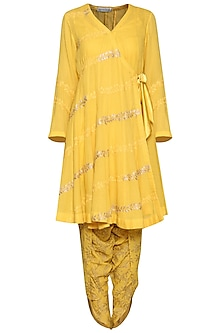 Yellow Embroidered Kurta Set by Devnaagri