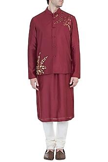 Maroon Embroidered Bundi Jacket with Kurta by Diya Rajvvir Men