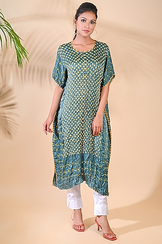 Green Bandhani Silk Kaftan by Dyelogue