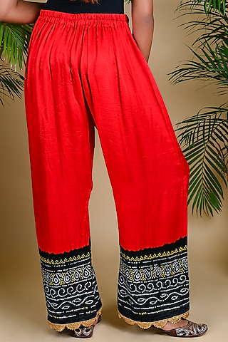 Red Bandhani Printed Palazzo Pants by Dyelogue