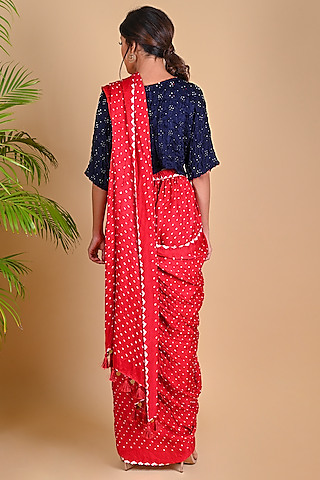 Red Bandhani Pre-Stitched Pant Saree by Dyelogue