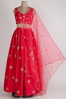 Pink Embroidered Lehenga Set by Ease