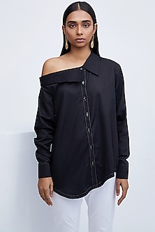 Black Shirt With Collared Off Shoulder by Echo
