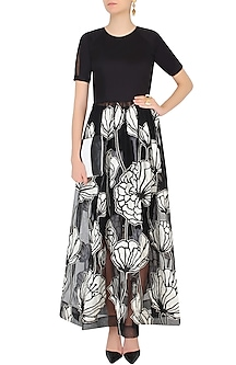 Black and White Floral Encroaching Maxi Dress With Fitted Skirt by Eshaani Jayaswal