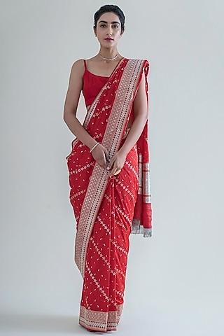 Crimson Red Handwoven Saree Set by Ekaya