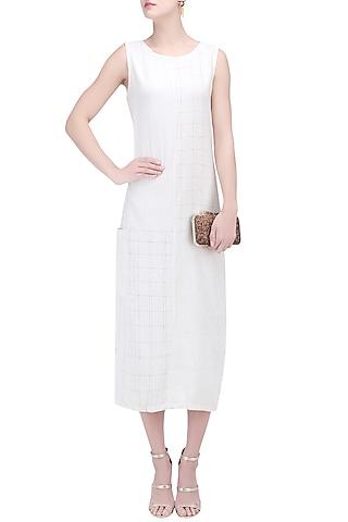 Off White Textured Tunic Dress by Ekadi