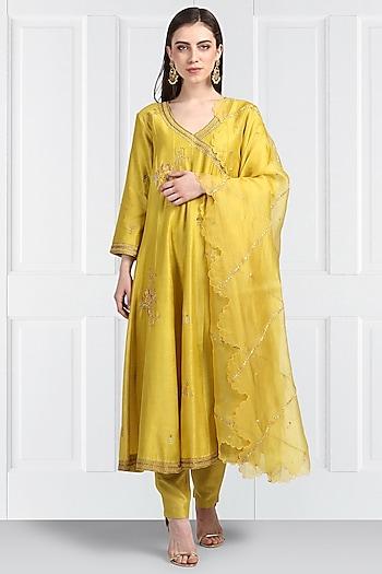 Yellow Embroidered Angrakha Kurta Set by Label Earthen
