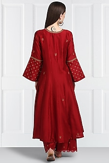 Red Embroidered Kalidar Kurta Set by Label Earthen