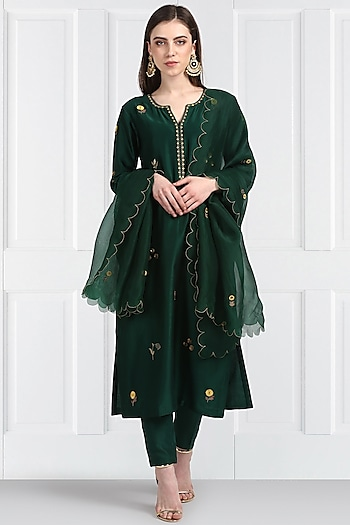 Emerald Green Embroidered Straight Kurta Set by Label Earthen