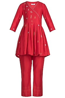 Red Zardosi Embroidered Kurta With Pants by Label Earthen