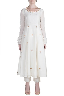 White Embroidred Kalidar Kurta With Palazzo Pants by Label Earthen