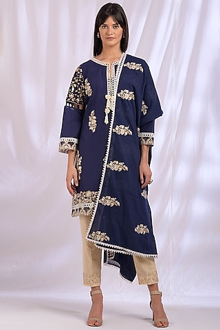 Navy Blue Kurta Set With Lace Detailing by Enaarah