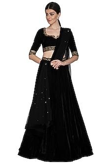 Black Embroidered Velvet Lehenga Set by Esha Koul