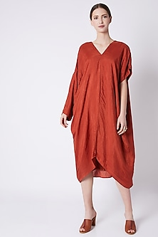Red Loose Dress With Different Sleeves by EZRA