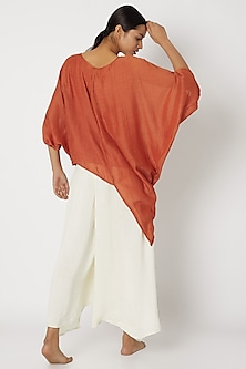 Brown Top With Baggy Sleeves by EZRA