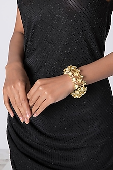 Gold Plated Handcrafted Pearl Bracelet by Fusio