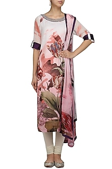 Multicolour floral printed kurta with dupatta by Flamingo By Shubhani Talwar