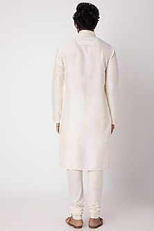White Cotton Kurta With Full Sleeves by FnM