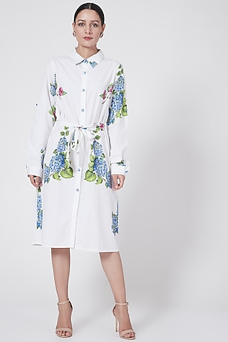White Floral Printed Shirt Dress With Belt by First Resort by Ramola Bachchan