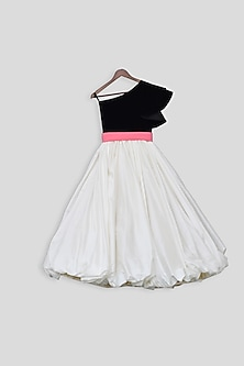 Black & White Gown With Belt by Fayon Kids