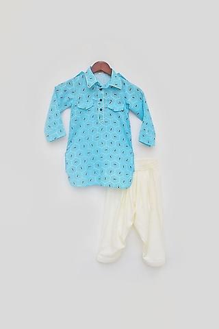 Blue Printed Kurta set by Fayon Kids