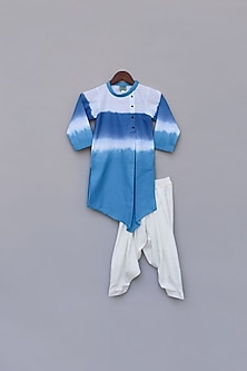 Blue & White Kurta Set by Fayon Kids