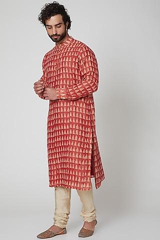 Red Batique Printed Kurta by Gaurav Katta