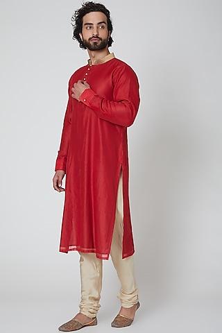 Red Chanderi Kurta by Gaurav Katta