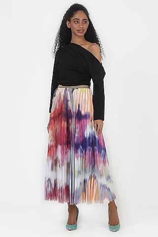 Coral Printed & Pleated Skirt by Geisha Designs