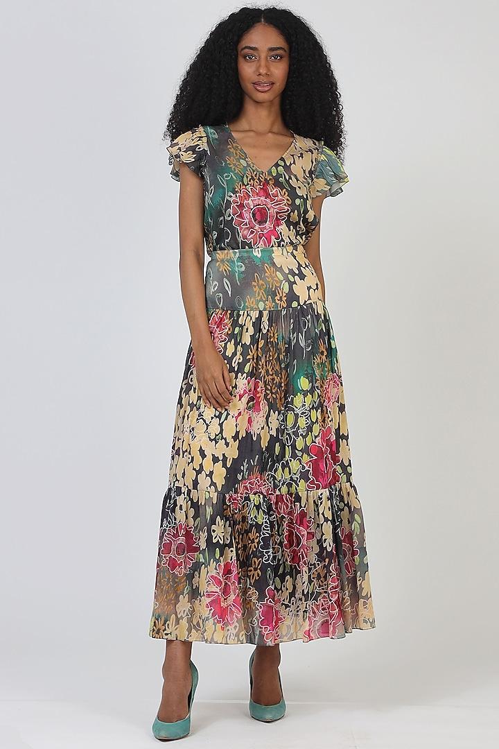 Green Chanderi Silk Midi Skirt by Geisha Designs