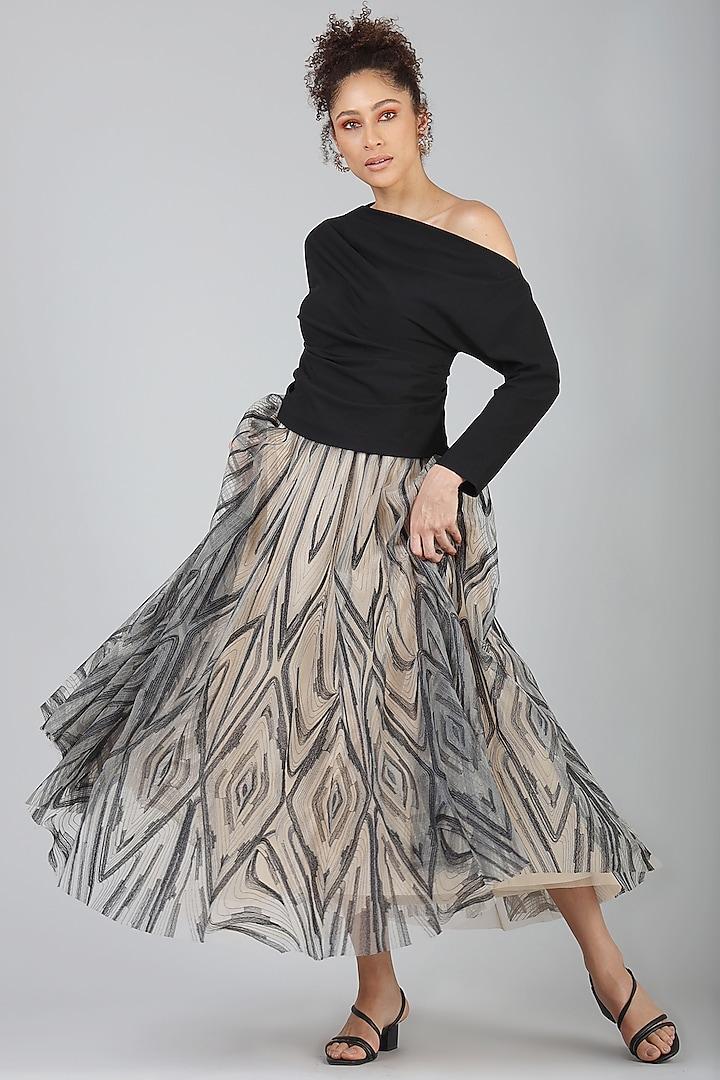 Beige Embroidered Skirt by Geisha Designs
