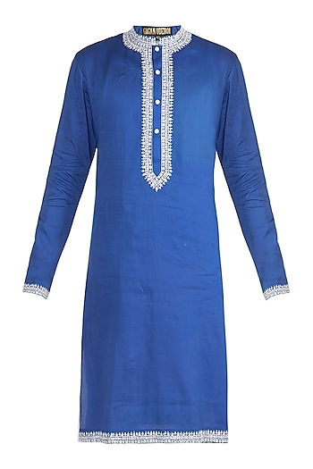 Blue Embroidered Kurta by Gagan Oberoi