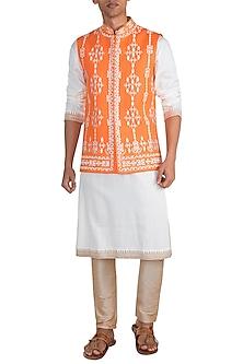 Orange Embroidered Bundi Jacket by Gagan Oberoi