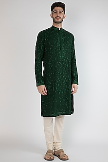 Emerald Green Thread Embroidered Kurta by Gagan Oberoi