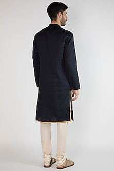 Navy Blue Embroidered Kurta by Gagan Oberoi