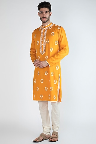 Mango Yellow Embellished Kurta by Gagan Oberoi