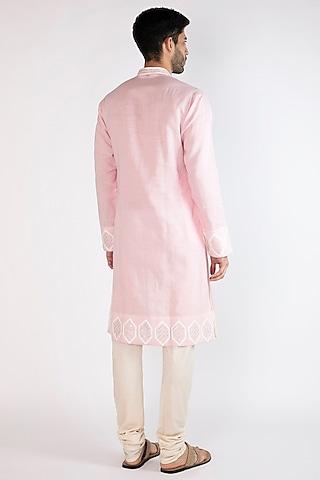 Light Pink Embroidered Kurta by Gagan Oberoi