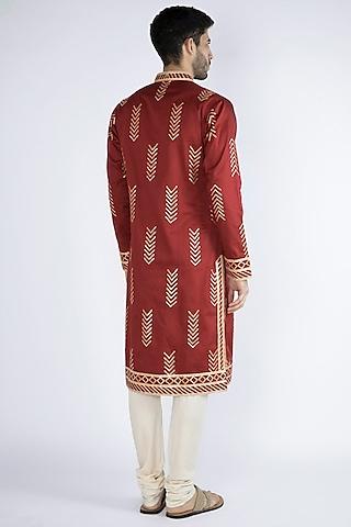 Red Gota Embellished Kurta by Gagan Oberoi