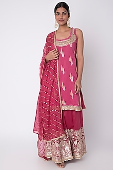 Rani Pink Embroidered Kurta Set by GOPI VAID