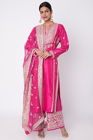 Rani Pink Embroidered Kurta Set by GOPI VAID