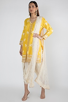 Yellow Embroidered Short Kurta Set by GOPI VAID