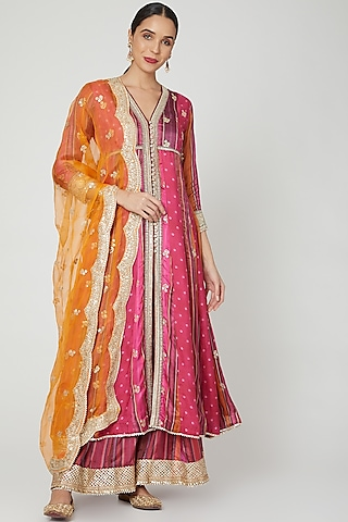 Pink & Yellow Embroidered Kurta Set by GOPI VAID