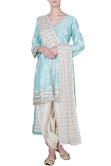 Turquoise embroidered tussar silk kurta set by GOPI VAID