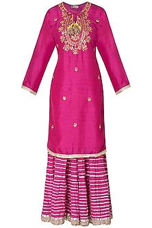 Dark pink embroidered matka silk kurta set by GOPI VAID