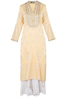 Yellow zardosi embroidered kurta set by GOPI VAID