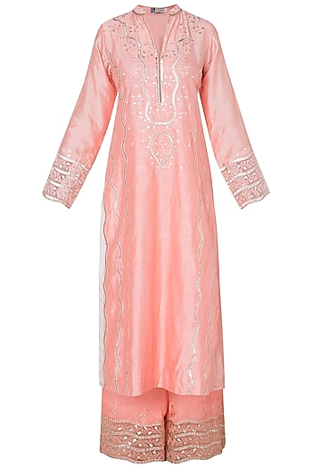 Peach embroidered kurta set by GOPI VAID